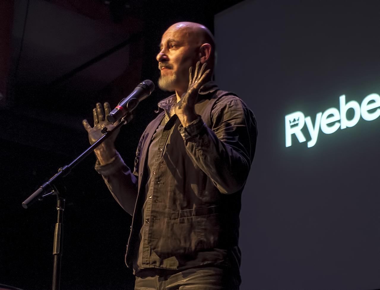 Vjeko Sager Ryeberg Live Vancouver 2014